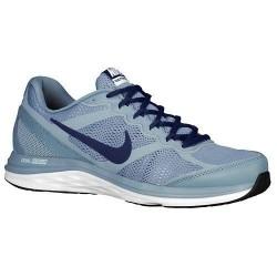 Nike SC7